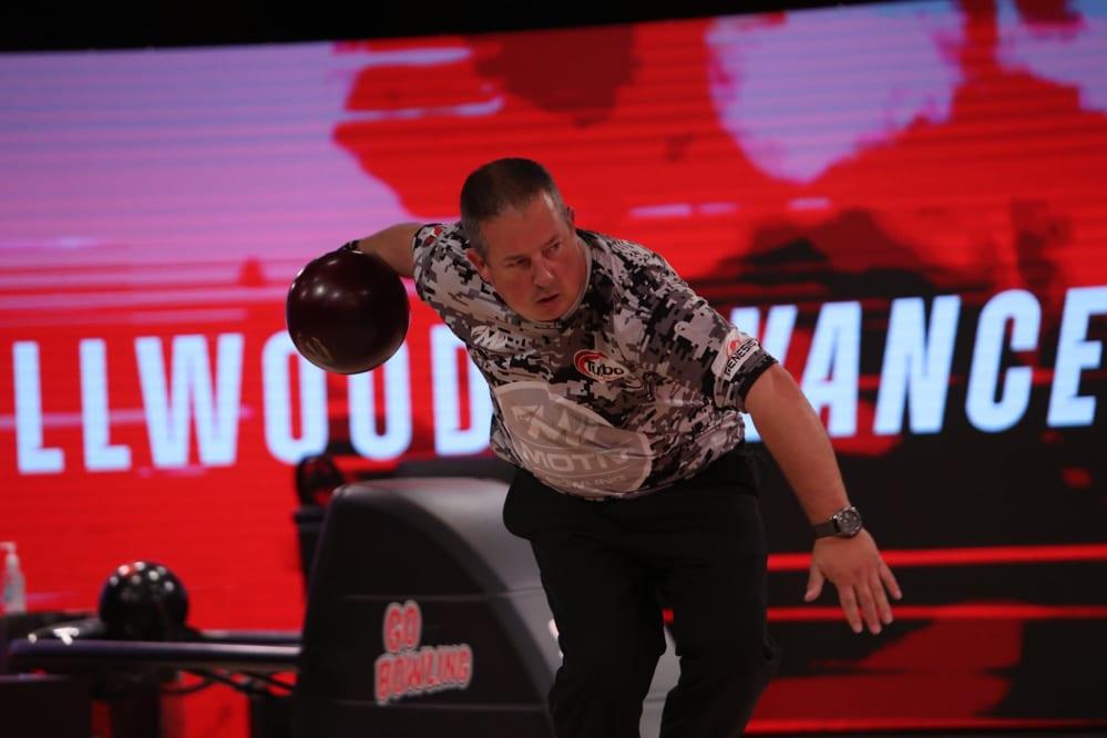 Tom Smallwood serie tv bowling