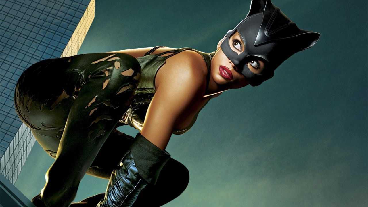 Catwoman, peggiori cinecomics di sempre