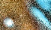 """Marte, la NASA mette in mostra le dune """"blu"""""""