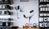 Apple Airpods, domanda in calo: l'azienda riduce la produzione