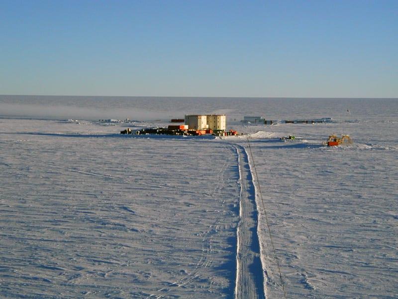 base concordia antartico