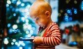Smartphone, ne abusano di più i minori con famiglie a basso reddito