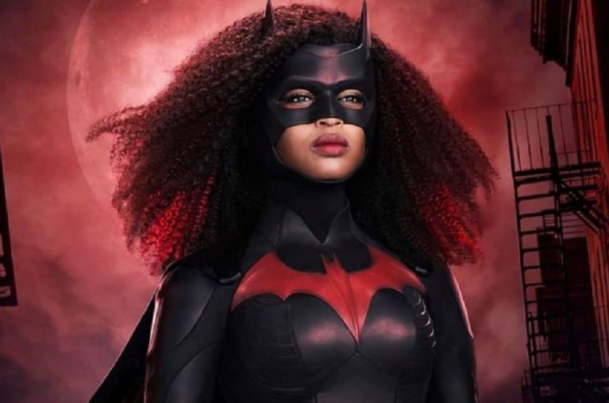 Batwoman 2: due nuovi poster della serie TV The CW