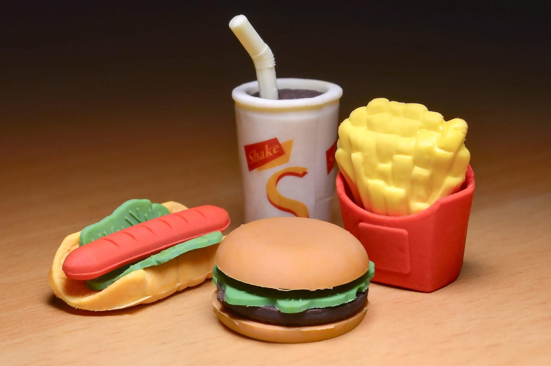 cibo di plastica (happy meal)