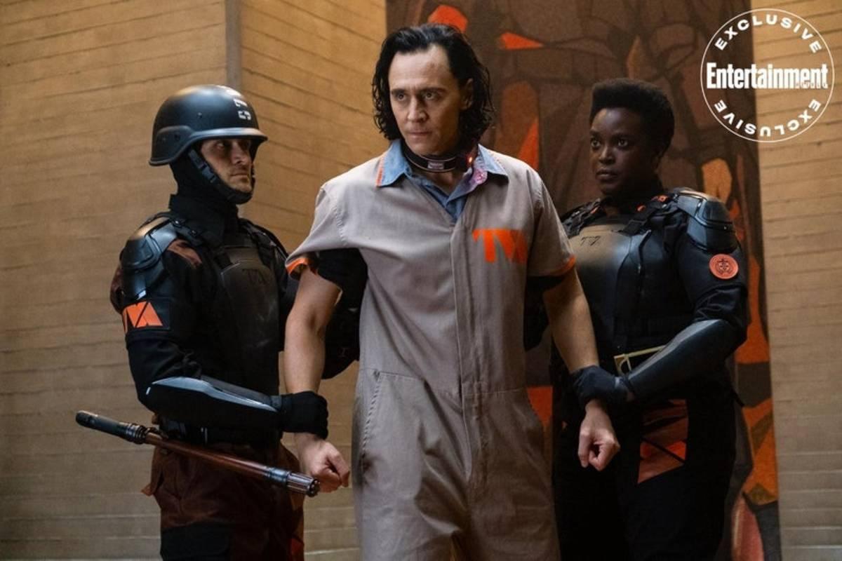 Loki: nuova immagine della serie TV con Tom Hiddleston