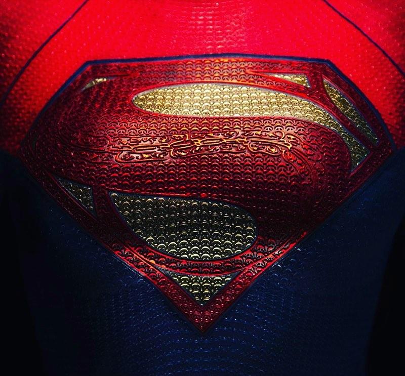 Supergirl. The Flash