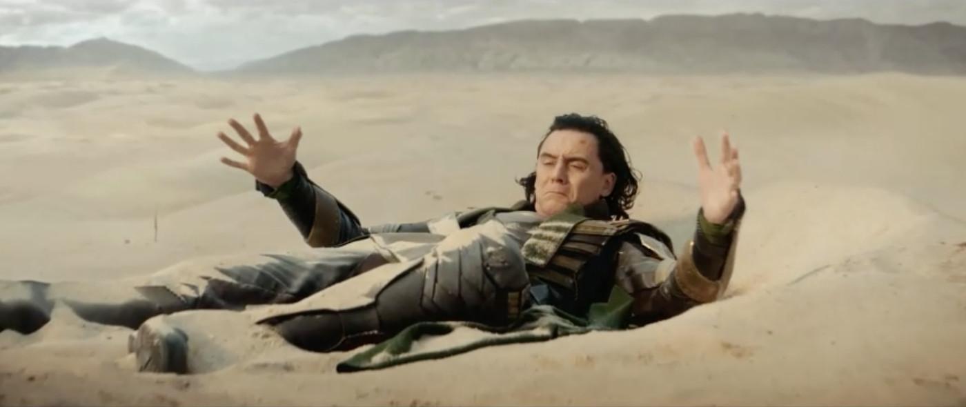 Loki on the desert like Iron Man