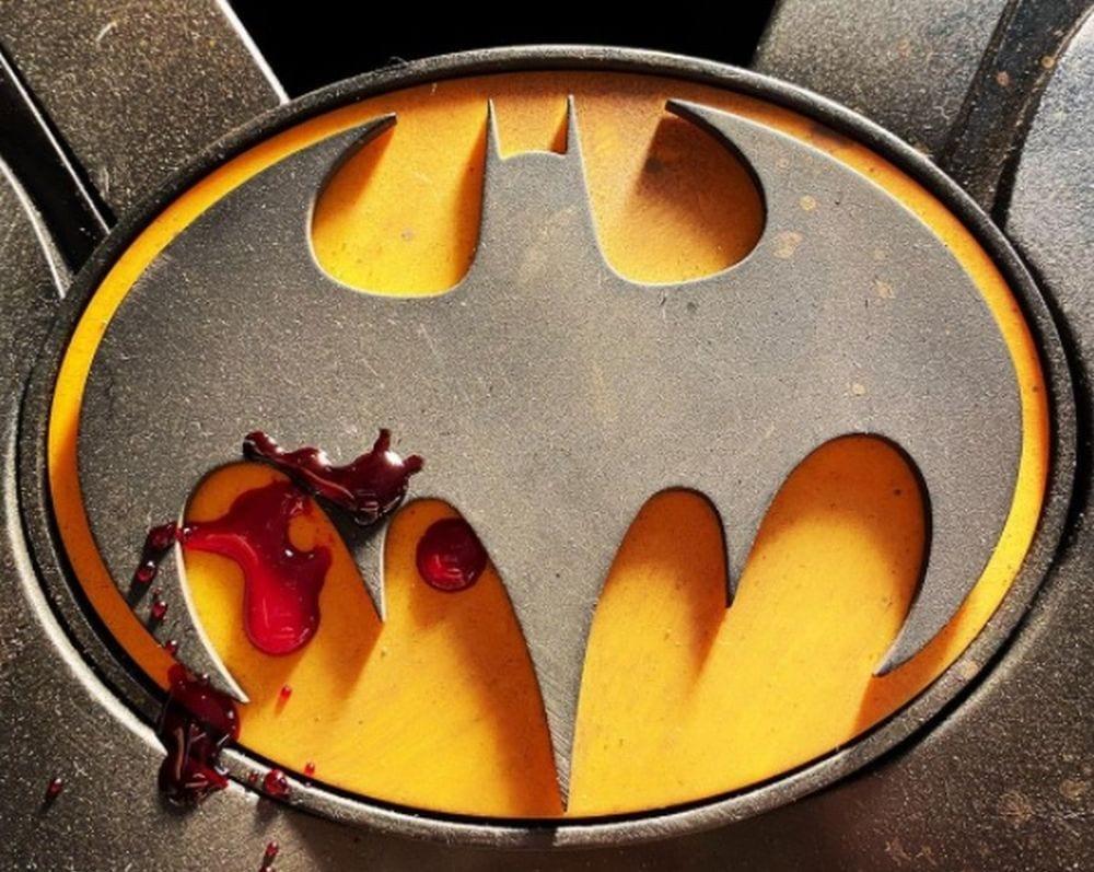 batman flash cover