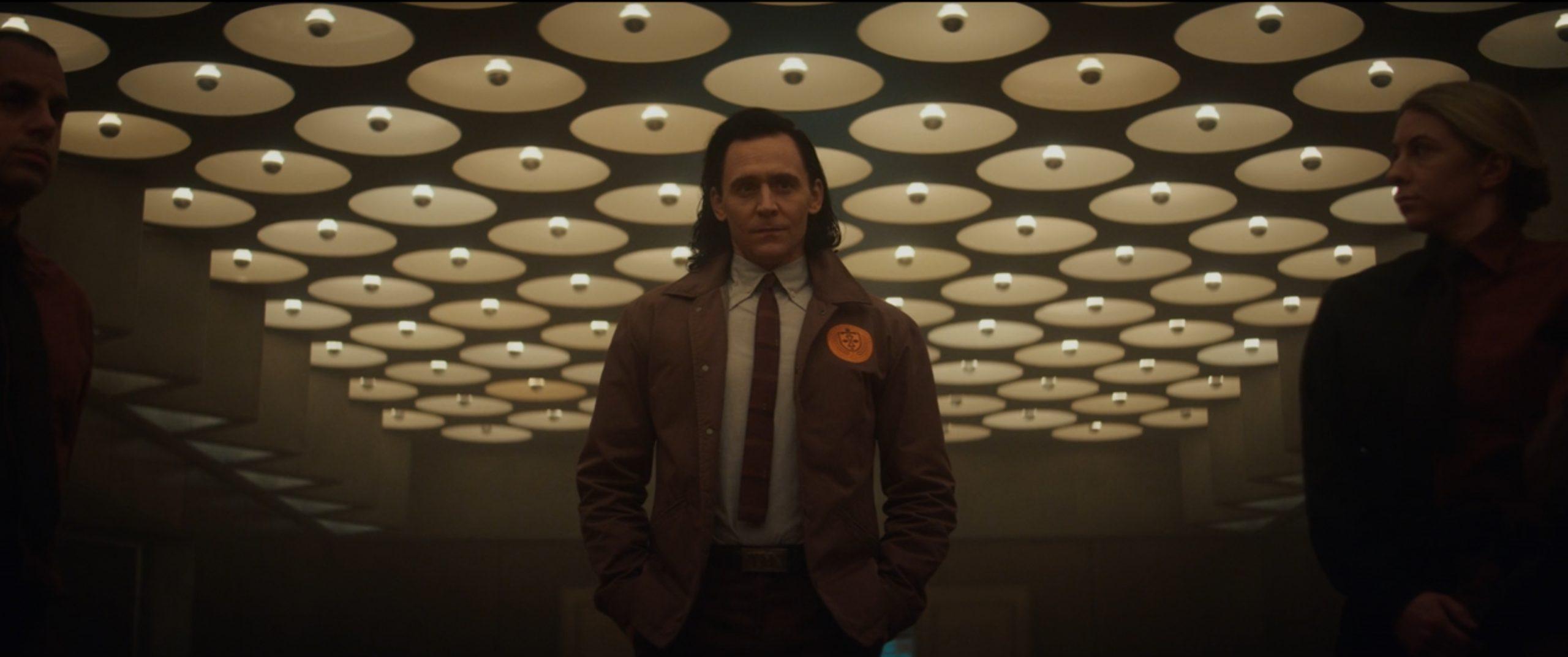 easter egg del secondo episodio di Loki - loki jacket