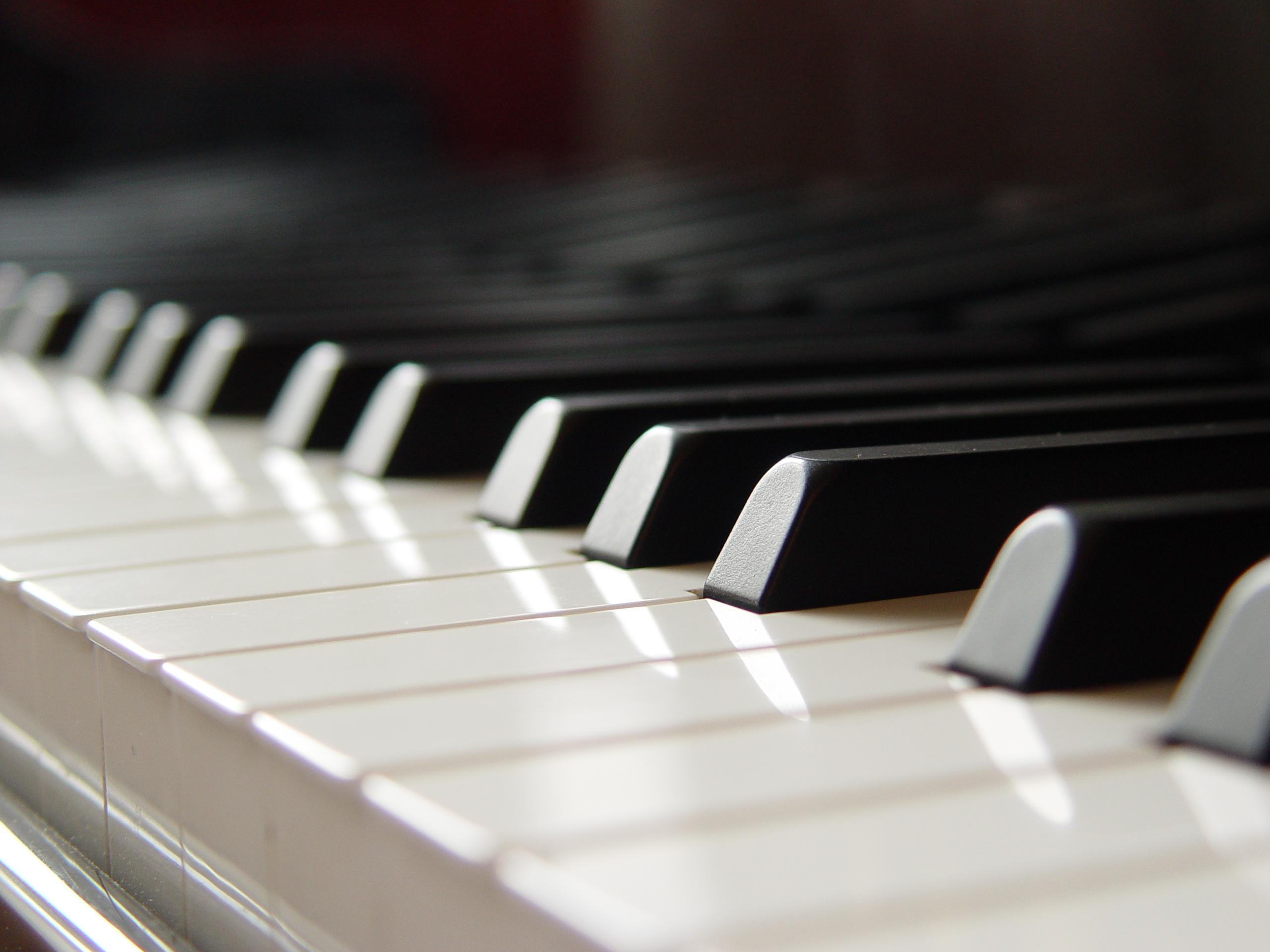 Pianoforte soft robot