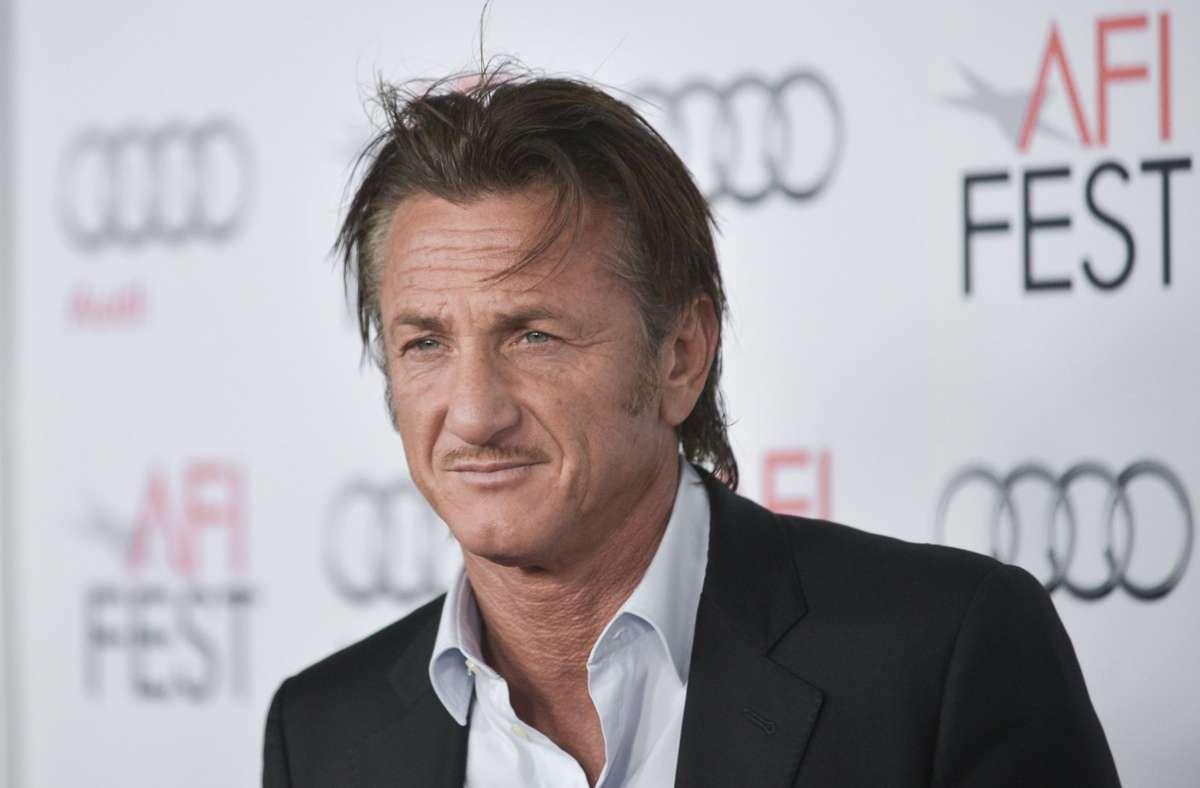Sean Penn, Gaslit, vaccinazione