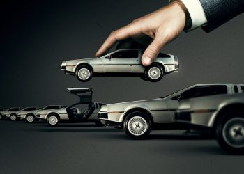 John DeLorean: mito e magnate, recensione