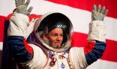 Missione Artemis, le tute spaziali non arriveranno prima del 2025