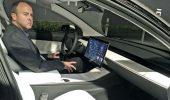 Ford ha assunto Doug Field, N.1 della divisione automotive di Apple ed ex dirigente di Tesla