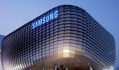 Samsung mostra un display che si gonfia in 3D