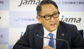 """Akio Toyoda di nuovo contro le auto elettriche: """"a rischio milioni di posti di lavoro"""""""