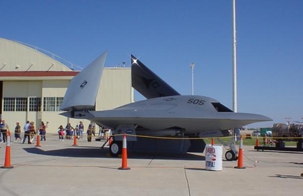 Aereo Da Combattimento Usa : Via al b il primo aereo completamente senza pilota